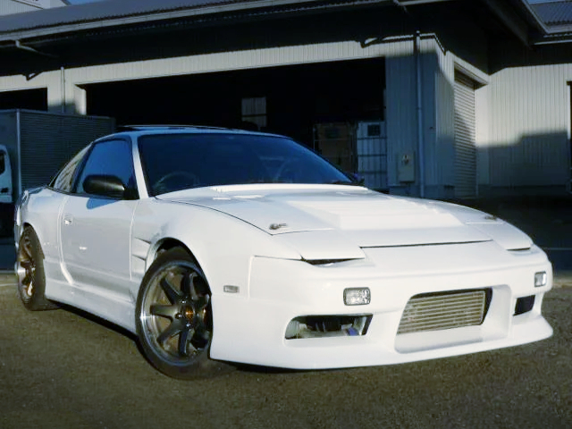 FRONT EXTERIOR OF 180SX TYPE-X to WHITE.