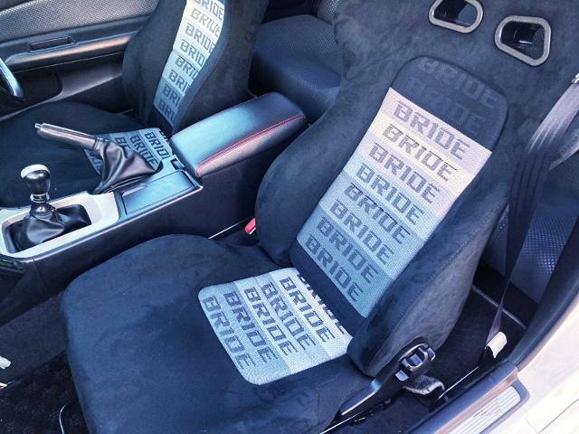 BRIDE SEMI BUCKET SEATS.