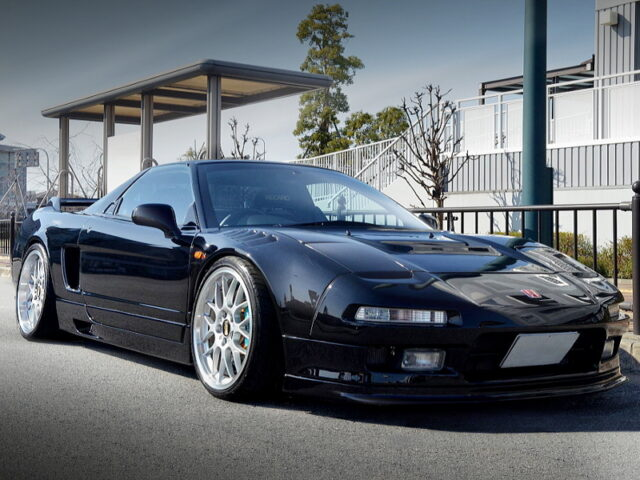 FRONT EXTERIOR OF NA1 NSX BLACK.