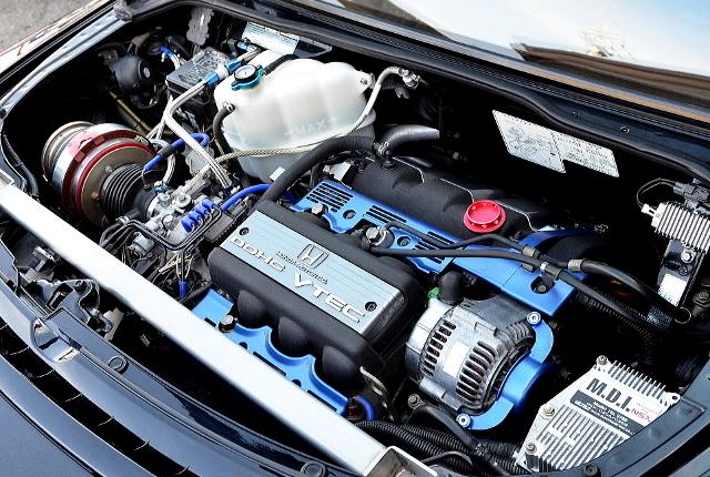 C30A VTEC ENGINE.