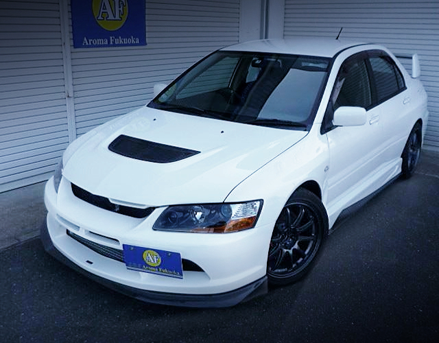 FRONT EXTERIOR OF EVO 9 GT.