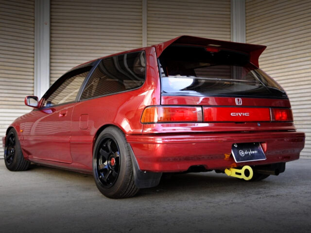 REAR EXTERIOR OF EF3 GRAND CIVIC Si.
