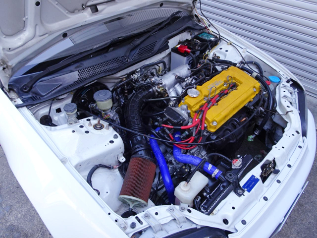 B18C VTEC ENGINE SWAPPED EG8 CIVIC FERIO ENGINE ROOM.