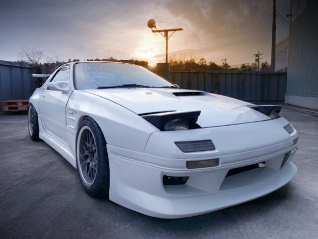 FRONT EXTERIOR OF FC3S RX-7 WIDEBODY.