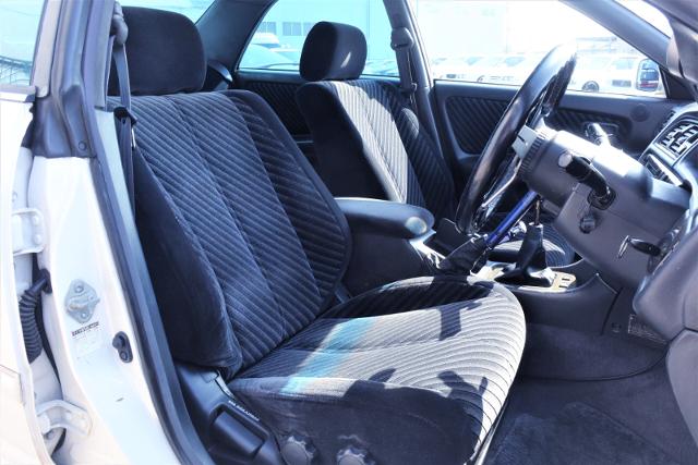 SEATS OF JZX100 MARK 2 TOURER-V.