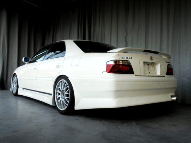 REAR EXTERIOR OF JZX100 CHASER TOURER-S LIMITED.