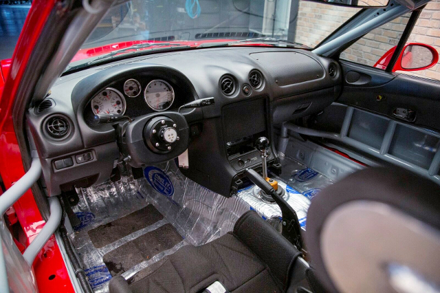 LHD-DASHBOARD OF NB MAZDA MX-5 MIATA.