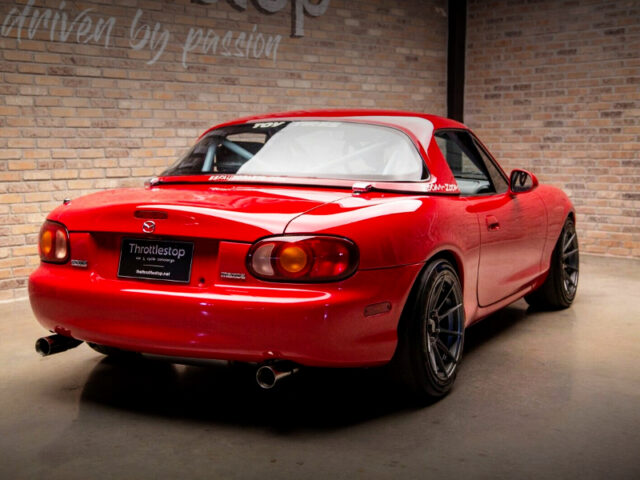 REAR EXTERIOR OF NB MAZDA MX-5 MIATA.
