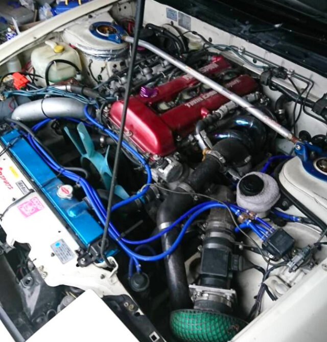 SR20DET RED-TOP TURBO ENGINE.