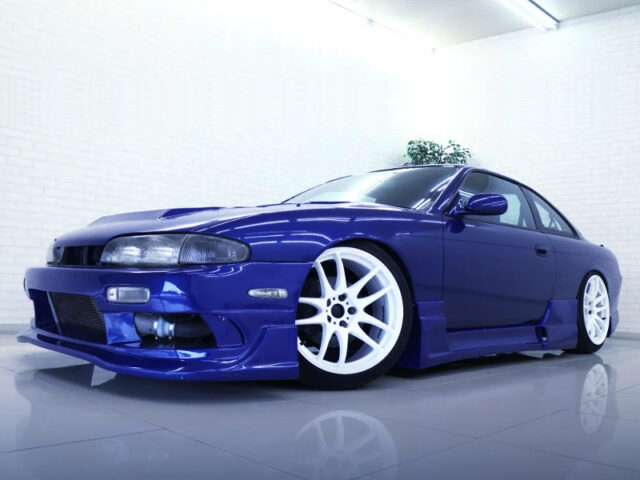 FRONT EXTERIOR OF S14 SILVIA to BLUE PAINT.