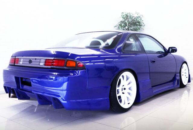 REAR EXTERIOR OF S14 SILVIA to BLUE PAINT.