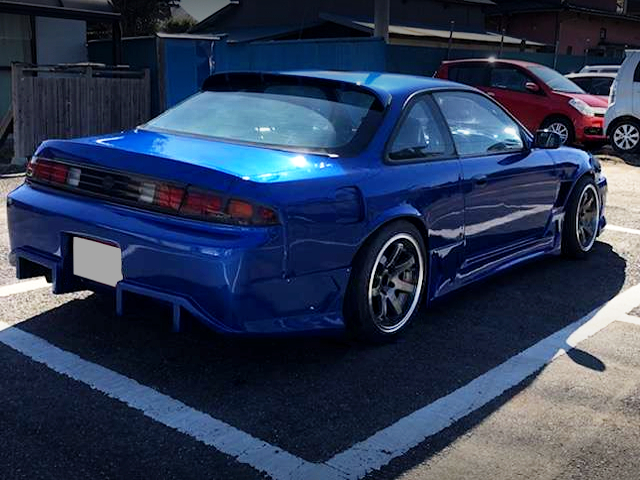 REAR EXTERIOR OF S14 SILVIA to BLUE.