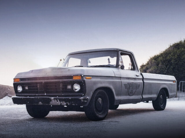 FRONT EXTERIOR OF 6th Gen FORD F100.