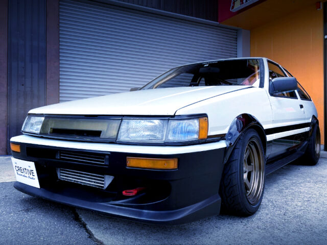 FRONT EXTERIOR OF AE86 LEVIN TURBO.