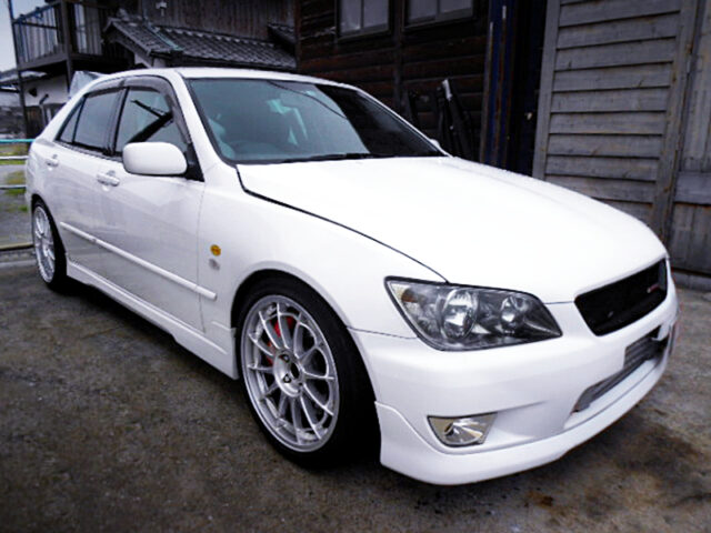 FRONT EXTERIOR OF SXE10 ALTEZZA RS200 Z-EDITION.