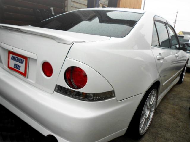REAR EXTERIOR OF SXE10 ALTEZZA RS200 Z-EDITION.