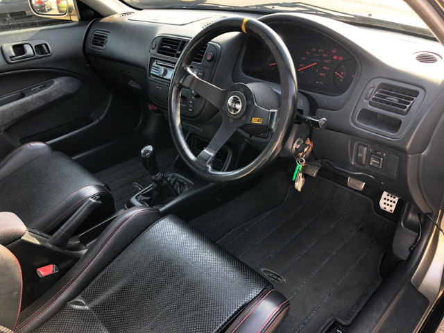 DASHBOARD OF EJ7 CIVIC COUPE.