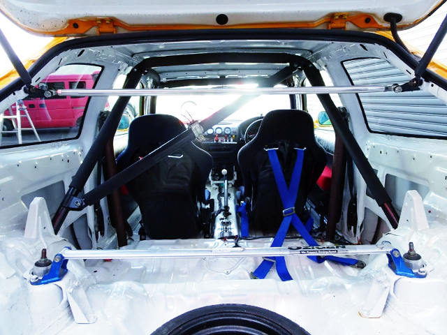 TWO-SEATER And ROLL CAGE.