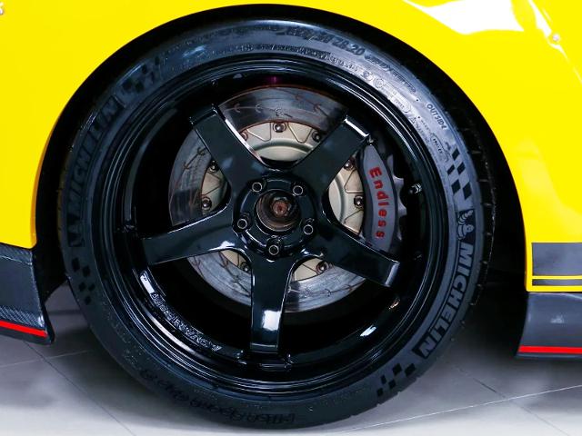 REAR ADVAN GT WHEEL and ENDLESS Brake.