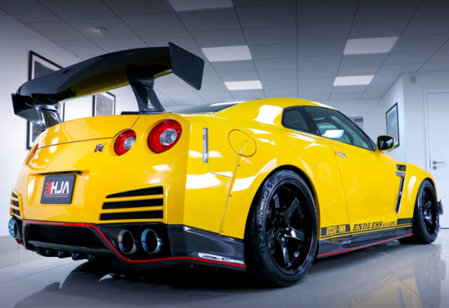 REAR EXTERIOR of ENDLESS-R YELLOW DRAGON GT-R.