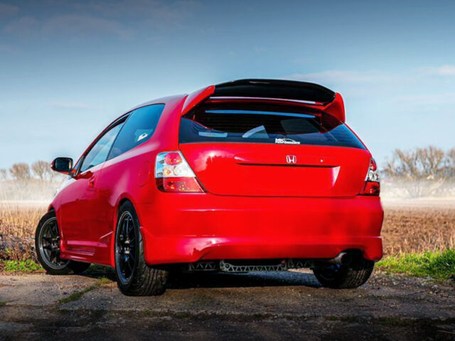 REAR EXTERIOR OF EP3 CIVIC TYPE-R to RED.