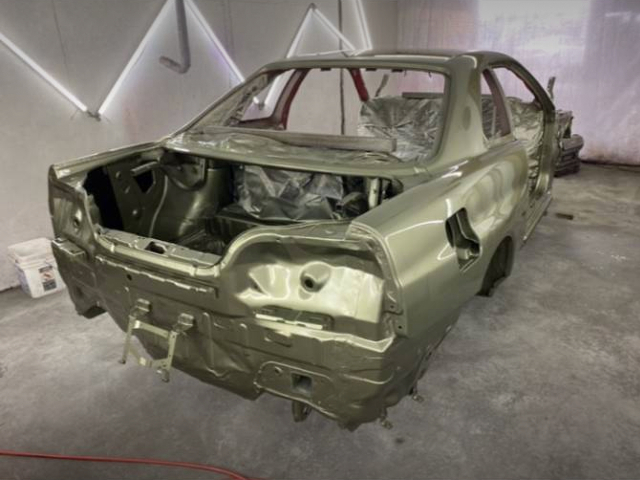 REAR PAINT JOB OF ER34 SKYLINE.