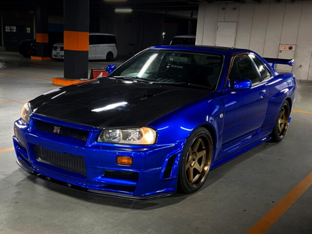 FRONT EXTERIOR OF ER34 SKYLINE With GT-R WIDEBODY LOOK.