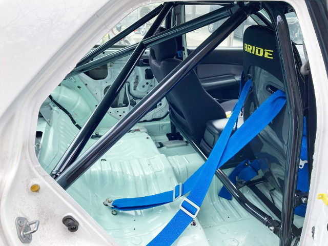 BACKSEAT DELETE AND ROLL CAGE.