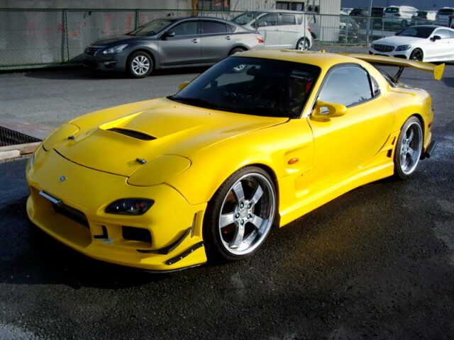 FRONT EXTERIOR OF FD3S RX7 TYPE-RS-R.