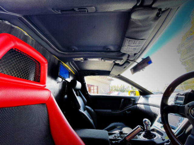 SEATS OF GCZ32 FAIRLADY Z PICUP TRUCK.