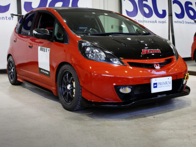 FRONT EXTERIOR OF GE8 HONDA FIT RS to CVT.