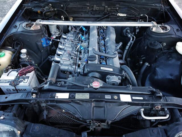 RB25DE ENGINE With SOLEX CARBS.