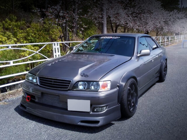 FRONT EXTERIOR OF JZX100 CHASER TOURER-V to R35 GRAY.