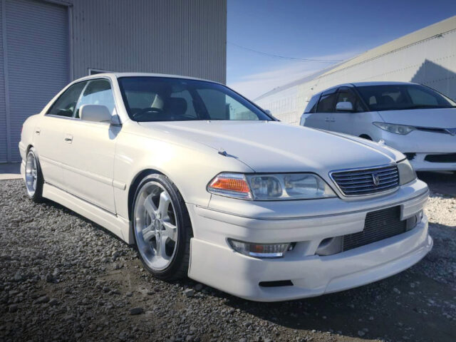 FRONT EXTERIOR OF JZX100 MARK 2 PEARL WHITE.