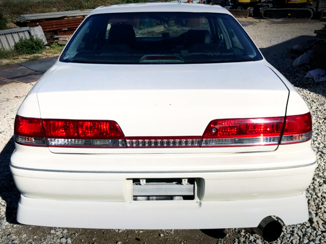 REAR EXTERIOR OF JZX100 MARK 2 PEARL WHITE.