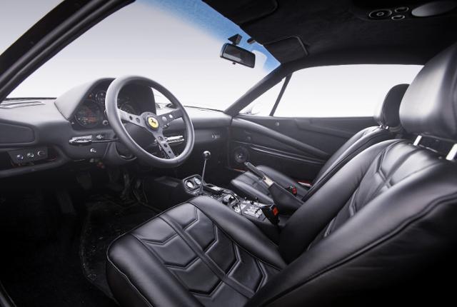 DASHBOARD OF ferrari 308 GTBi.