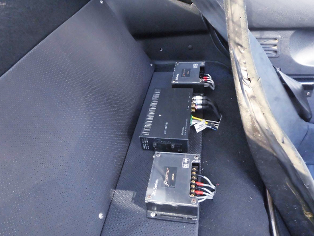 AFTERMARKET AUDIO SYSTEM.