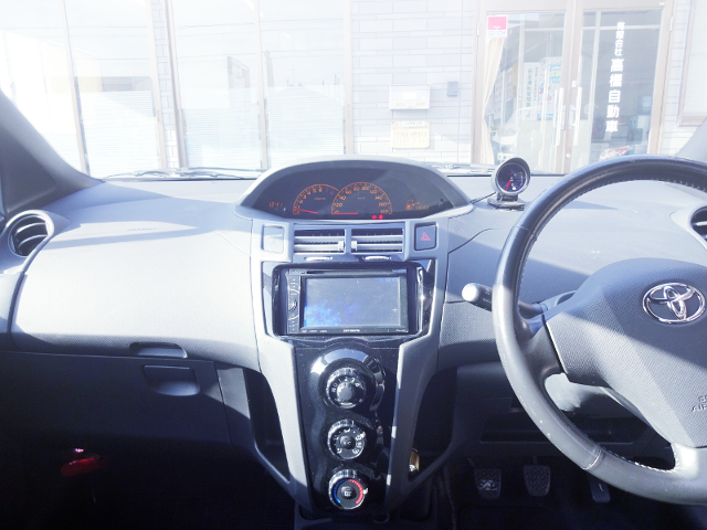 DASHBOARD of NCP91 VITZ RS.