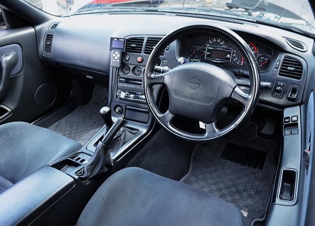 DASHBOARD OF R33 GT-R.
