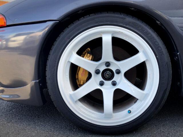 R34 GT-R Brembo 4-POT CALIPER CONVERSION to R32 GT-R.
