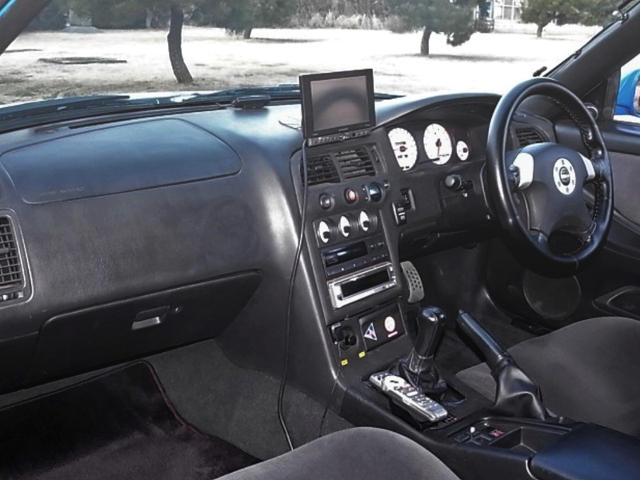DASHBOARD of R33 GT-R LM-LIMITED.