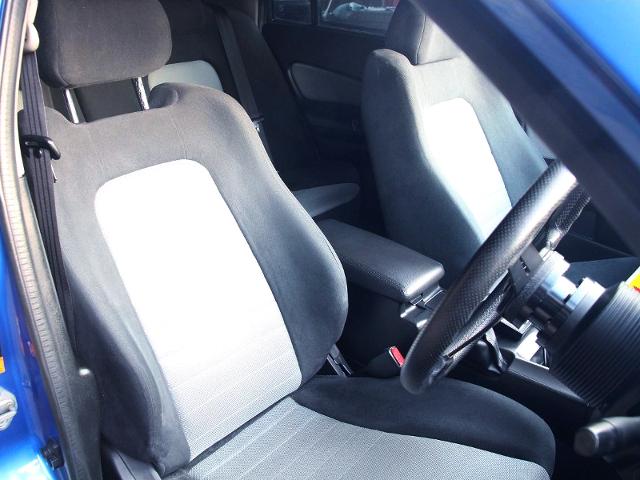 SEATS OF R34 SKYLINE 4-DOOR.