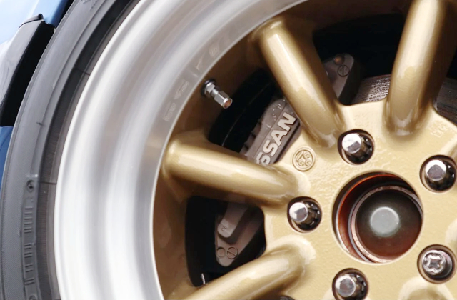 RS-WATANABE WHEEL and 4-POT CALIPER.