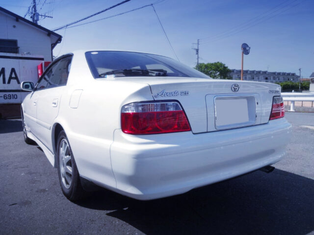 REAR EXTERIOR OF JZX100 CHASER 2.5 AVANTE LORDLY.
