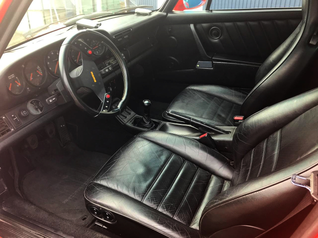 INTERIOR OF PORSCHE 964 CARRERA 4.