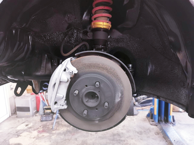 COILOVER and BRAKE CALIPER.