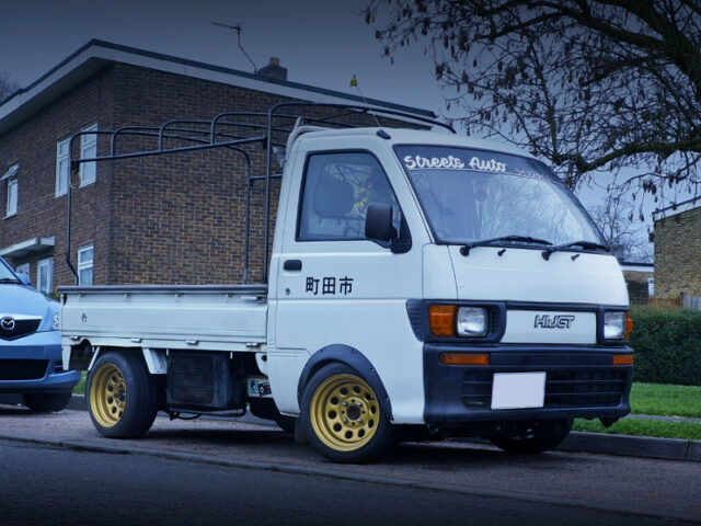 FRONT EXTERIOR of 8th Gen DAIHATSU HIJET TRUCK WHITE.