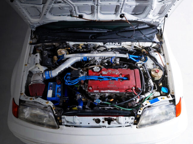 TYPE-R B16B VTEC ENGINE.
