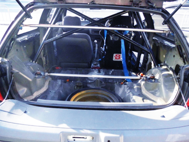 ROLL BAR and TWO-SEATER OF EG6 CIVIC SiR2 BLACK.