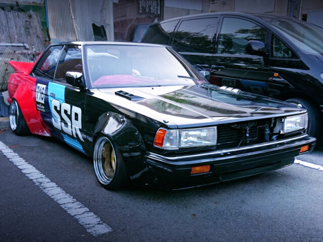 FRONT EXTERIOR OF GX71 CHASER with KAIDO RACER.